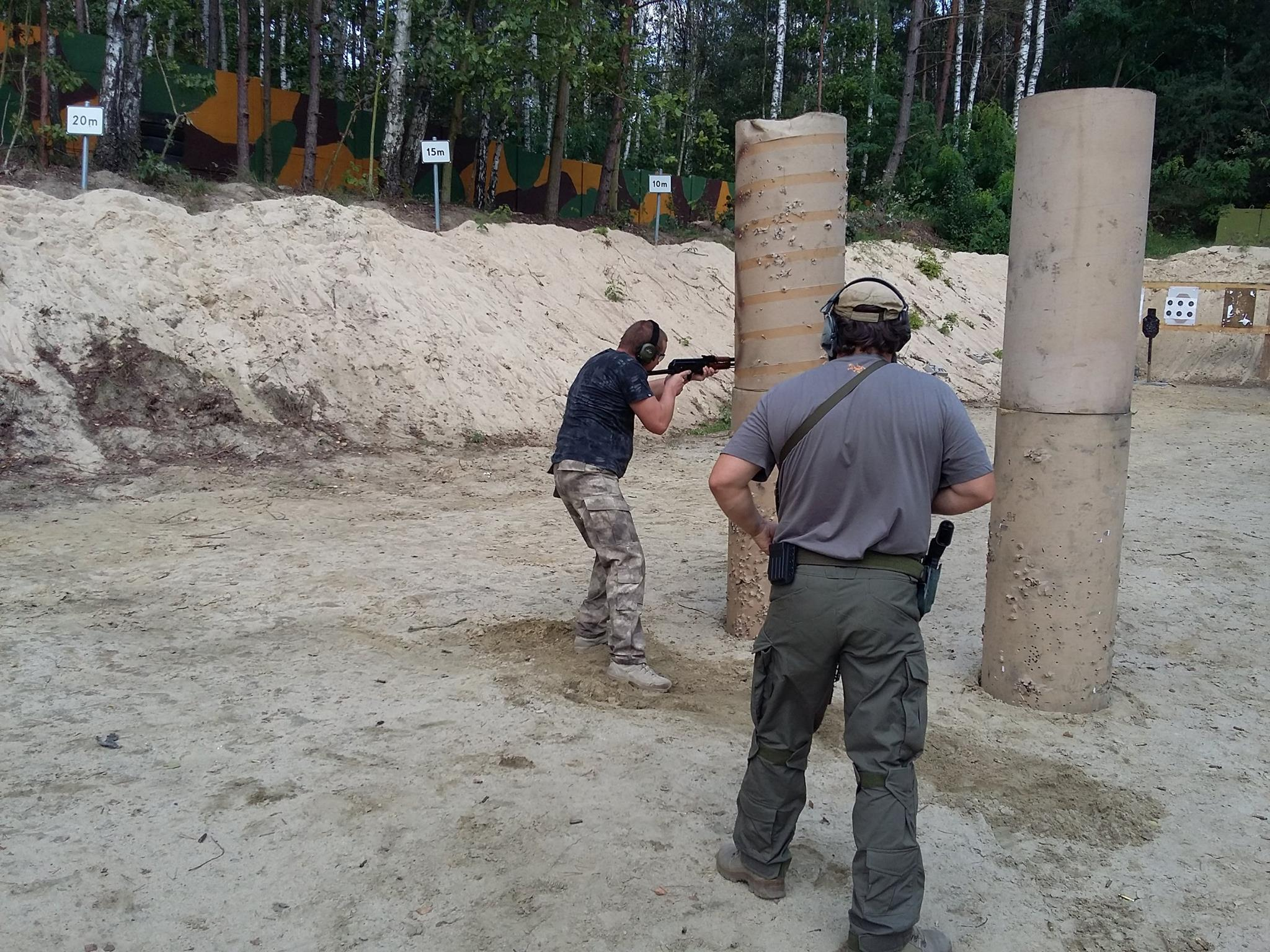 Szkolenie w zakresie strzelectwa bojowego z karabinu